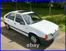 Vauxhall Astra 1.4L 1991 (H) Mk2 Modern Classic