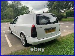 Vauxhall Astra 2.5 V6 X25XE (Rear Seats Installed)
